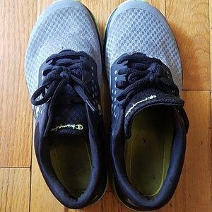 808e3e5d45eb4e Champion Shoes - Boys Champion Sneakers Size 4.5